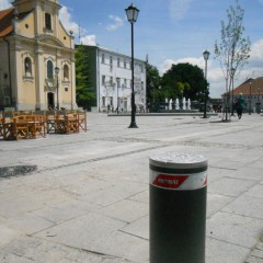 Pilomat semiautomatic 275/PL-600SA in Zemun Square, Serbia