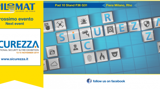 Banner Pilomat per la fiera Sicurezza Milano 2019 che mostra date dell'evento e posizione dello stand